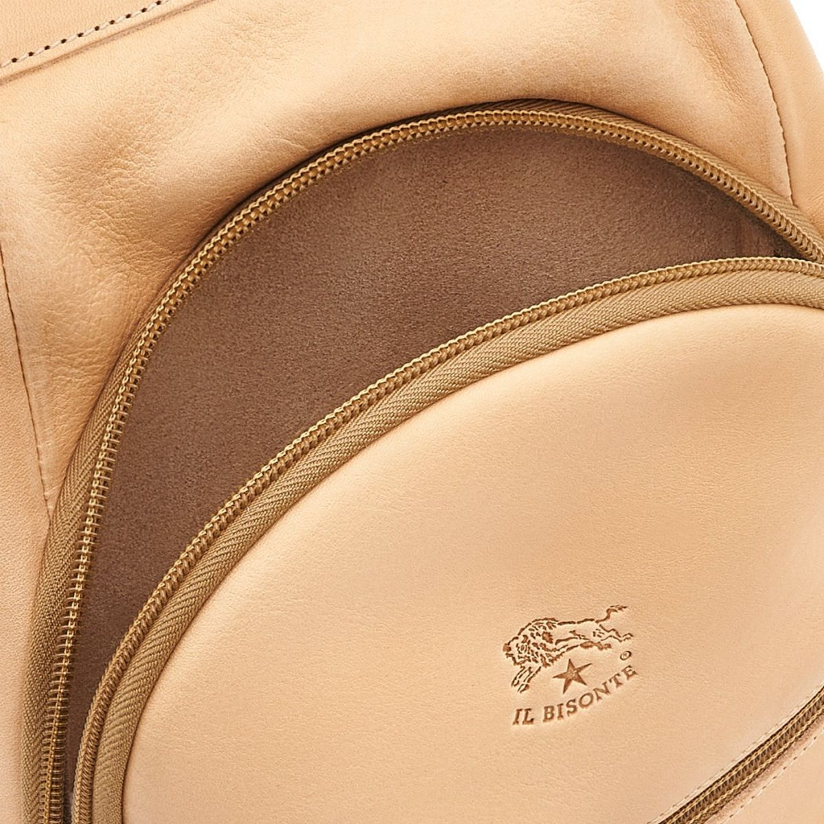 Cosimo - Men's Backpack in Cowhide Double Leather BBA005 color Natural | Details