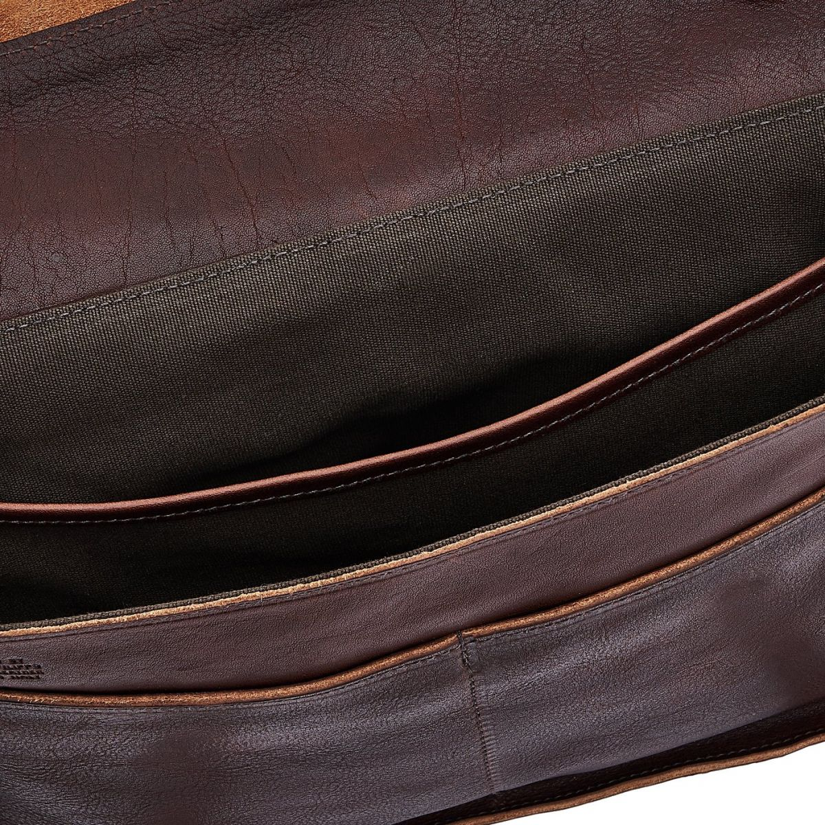Briefcase in Vintage Cowhide Leather BBC025 color Dark Brown | Details