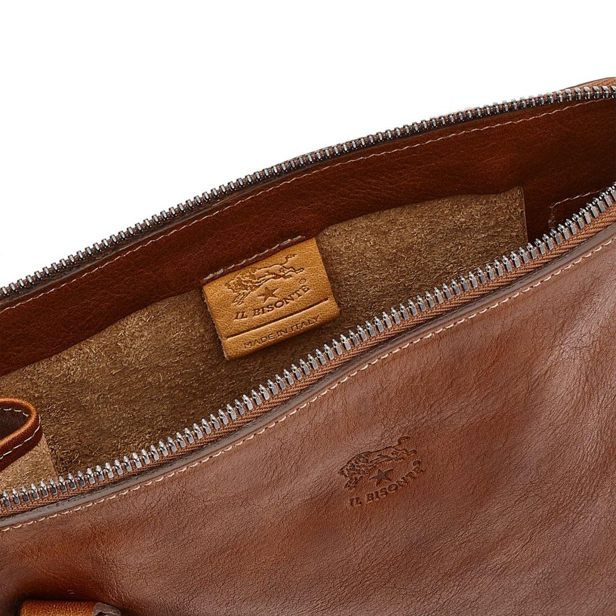 Borsa A Tracolla da Uomo Marea in Pelle Di Vacchetta Invecchiata BCR169 colore Cioccolato | Details