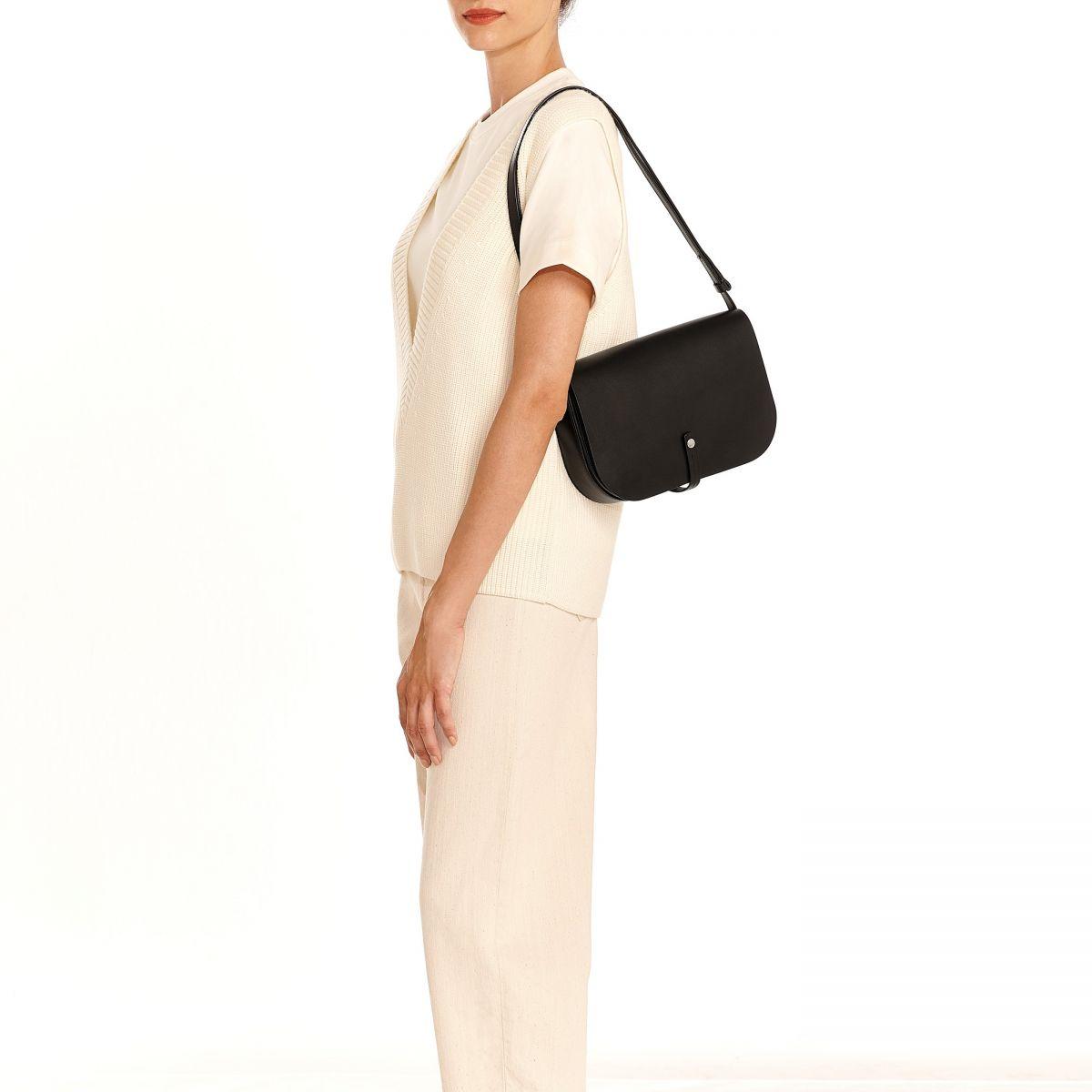 Piccarda Medium - Sac Bandouliere pour Femme en Cuir De Vachette couleur Noir - Ligne Tondina BCR248 | Details