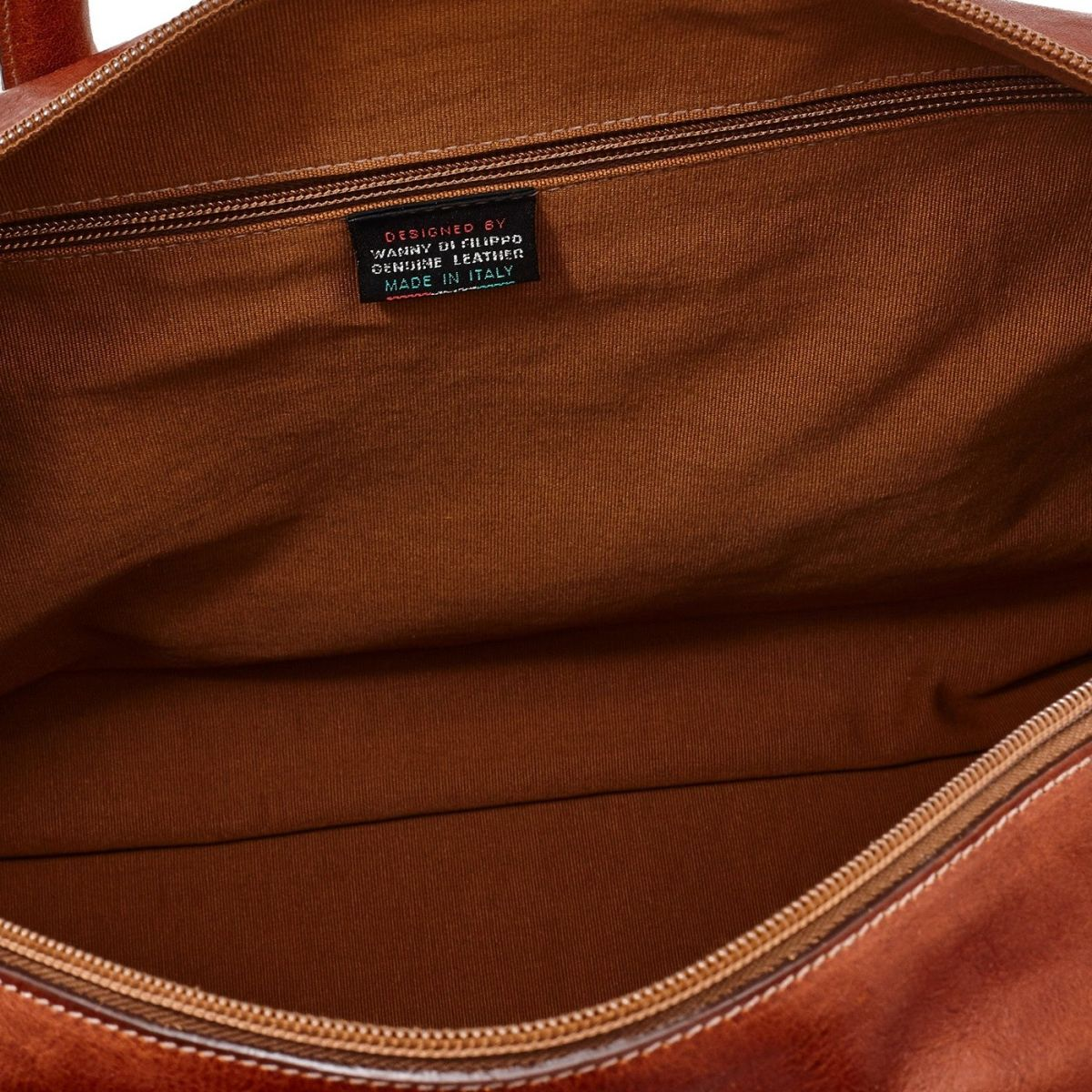 Travel Bag in Vintage Cowhide Leather BDU010 color Dark Brown Seppia | Details