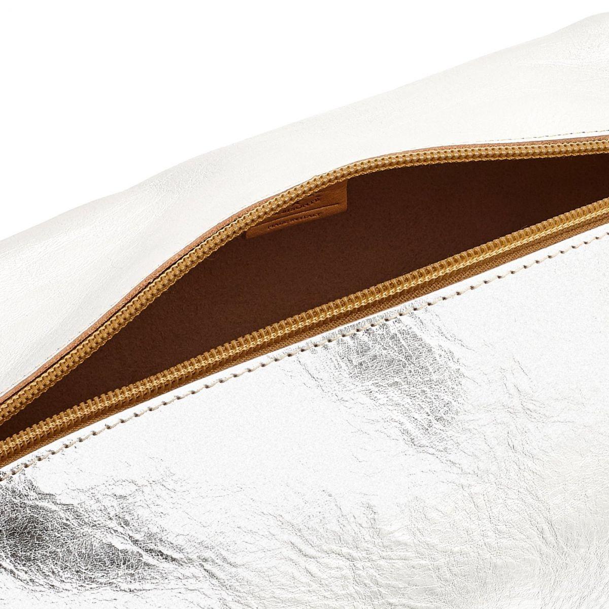 Étui pour Femme Stromboli en Cuir Métallisé SCA056 couleur Métallique Argent | Details